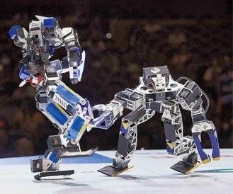 ロボットバトルのリングも設置予定。白熱した戦いが楽しめるように