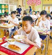 中学校も「温かい給食」