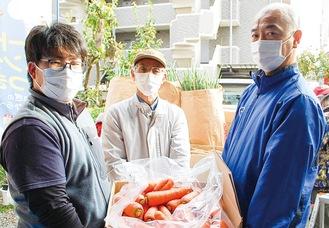 左から上條委員長、磯野さん、多田教授