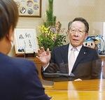 新年への思いを語る小野澤町長