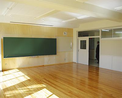 南毛利中の新校舎が完成