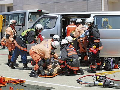 3市で初の東名事故訓練