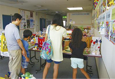 児童の力作展示