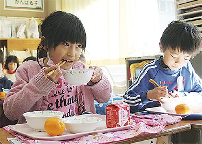 """厚木産""""幻の大豆""""を給食へ"""