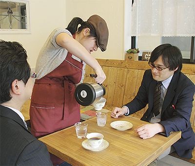 カフェ型作業所がオープン