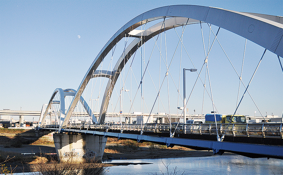平成8年2月に開通したあゆみ橋