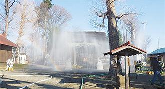 高部屋神社の合同放水
