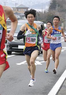 2区を走る高山直哉選手