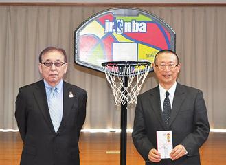 柿沼会長(左)と佐伯会長