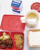 中学校給食を試験導入