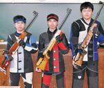 左から久保田さん、荒木さん、平井さん