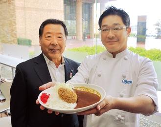 商品を開発した中野さん(右)と、シカ肉を加工して供給する磯崎さん