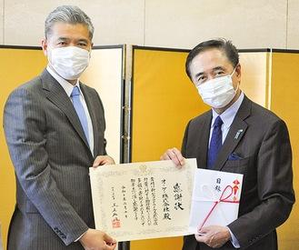 知事(右)を訪問した二宮社長
