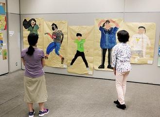 小学生の子どもたちの作品、「等身大の自分」