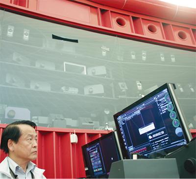最新のデジタル投影機を導入