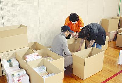 救援物資の提供に延べ780人