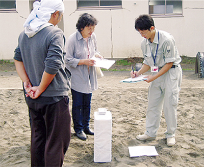市民団体と線量測定
