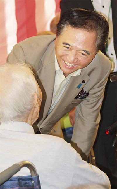 黒岩知事が高齢者訪問