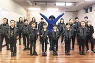 M・J(マイケル ジャクソン)ダンスショーに出演