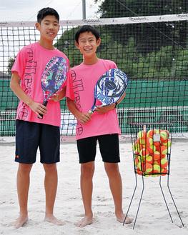 日本代表として出場する小寺さん(右)と市川さん(左)