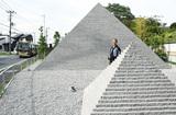 ピラミッド内部に初潜入