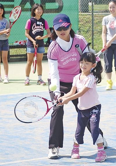 テニスで深めた親子の絆