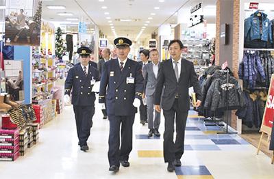 消防長が防火体制査察