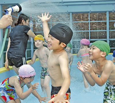 夏の始まり プール開き