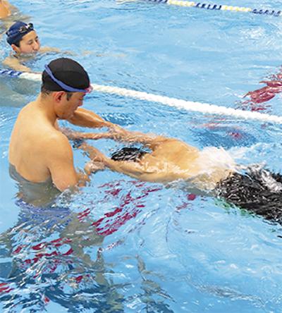 より速い泳ぎへ
