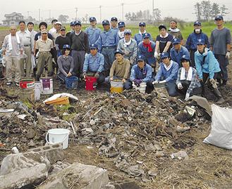 被災地に向かった愛川町役場職員親睦会