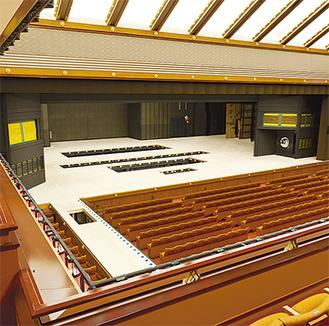 秦野産檜材が使われている新歌舞伎座の新しい舞台と花道(写真提供/松竹株式会社)