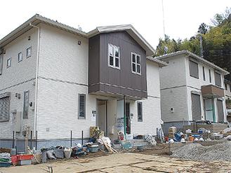 外構工事が進む村営住宅(3月7日撮影)
