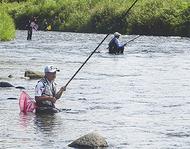 漁協初の友釣り大会