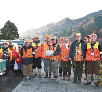 清川村内での狩猟活動の様子。鳥獣被害の防止に重要な役割を担うハンターだが、近年は人不足が課題