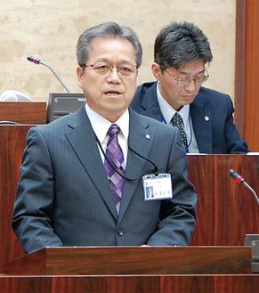清川村の発展に向け意欲を語る岩澤村長