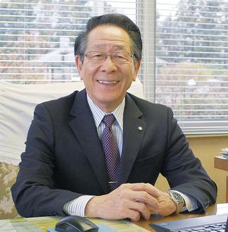 地域コミュニティや教育の重要性を語る小野澤町長
