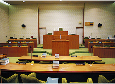 議会基本条例を可決