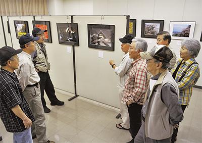 活動50周年で記念作品展