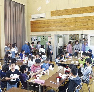 子ども食堂が盛況