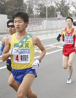 2区を走る森夏樹選手(専修大)