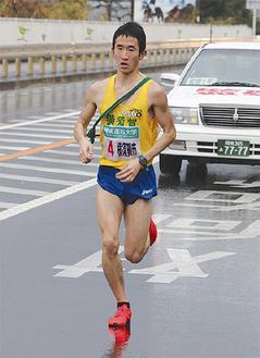 一時首位を走った2区の秋澤選手
