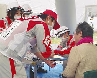 震災などの非常時には迅速な救護活動を行う