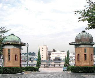 日本遺産となった「逸見波止場衛門」