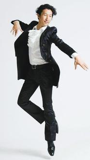 総監督/武藤寛(むとうかん)。東京音楽大学音楽学部ピアノ科卒業。劇団四季に1997年〜2012年まで在団。主な出演作品は『美女と野獣』『ライオンキング』ほか。俳優業の傍らで演劇アカデミーを主宰する