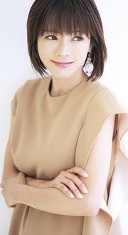 トークショーを行う釈由美子さん