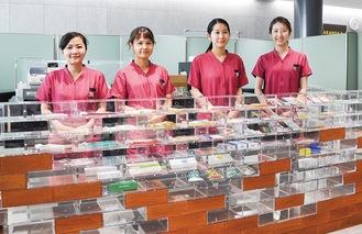 デンタルラウンジで対応する歯科衛生士