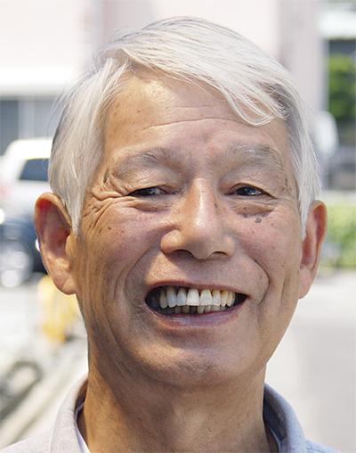 横須賀市市民大学の出前講座で講師を務め、新聞の教育活用などを提唱する 影山 清四郎さん 大津在住 71歳
