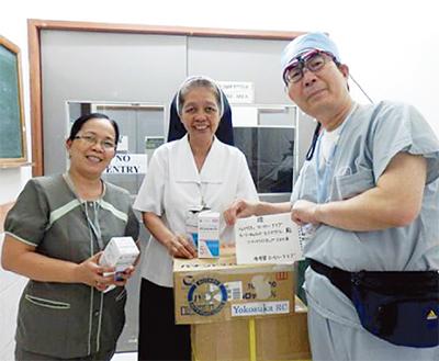 フィリピンの子供を治療