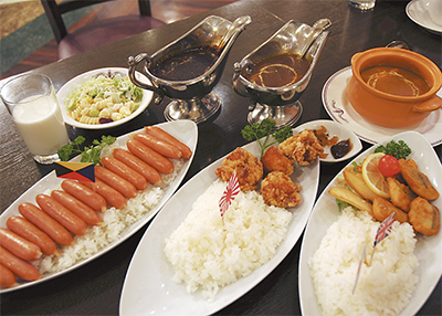 「軍艦カレー」完食セヨ