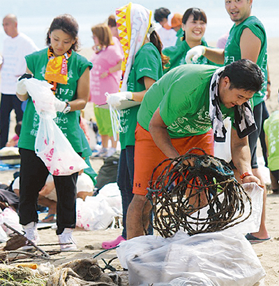 ゴミ拾い 競技で楽しく